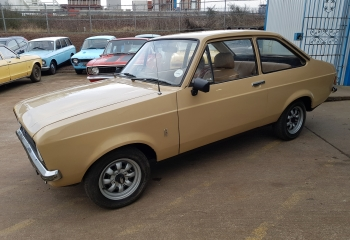 Ford Escort Mk2 Brown