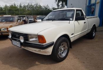 Ford Cortina 3.0 P100