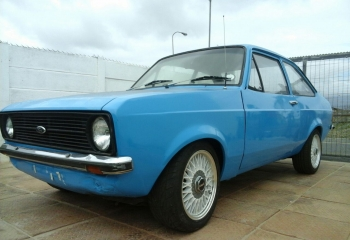 FORD ESCORT MK2 2 DOO9R FOR SALE