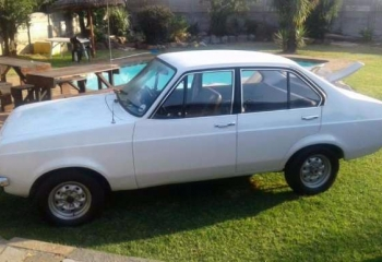 FORD ESCORT MK2 4 DOOR FOR SALE